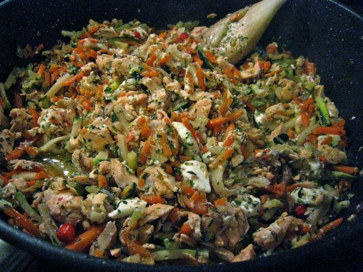 Poêlée de saumon et légumes à la feta