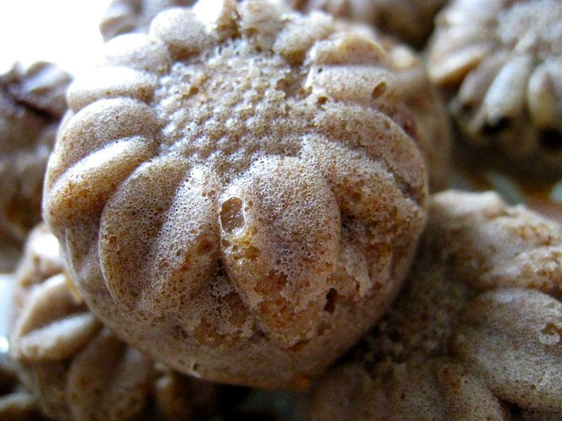 Bouchées sans gluten aux noisettes et cerises
