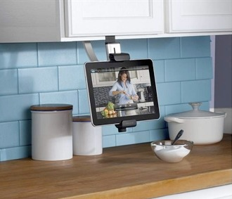 belkin kitchen cabinet mount for ipad with Idees De Cadeaux Pour Noel on Belkin Introduces 3 Ipad Kitchen Accessories additionally 5 High Tech Mothers Day Gifts Tech Savvy Moms moreover Idees De Cadeaux Pour Noel likewise Belkin F5L100TT Under Cabi  10 Mount further 23139317.