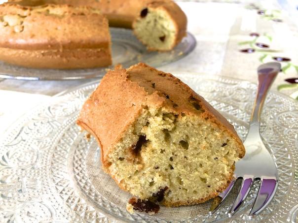 Gâteau au yaourt pistache cerises