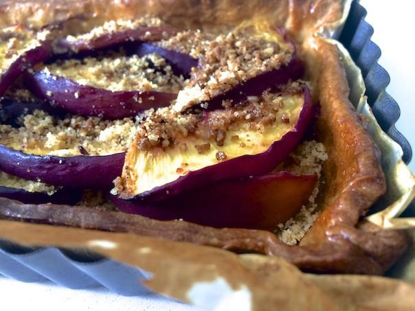 Tarte sans gluten aux nectarines et aux amandes